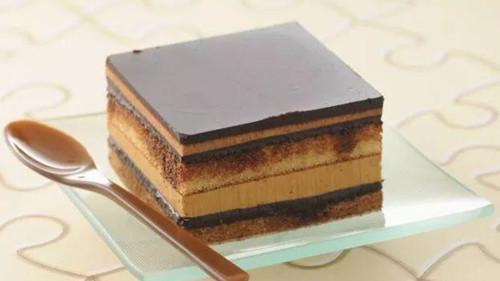 歌剧蛋糕 - 切双层蛋糕最佳方法,双层生日蛋糕到底怎么切?
